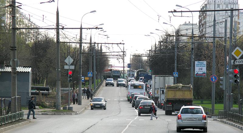 Moscow,_Uralskaya_Street.jpg
